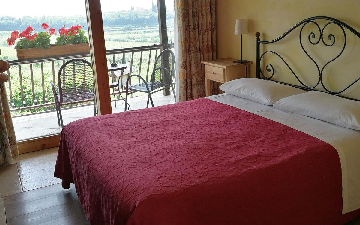Balkony-Room-Costa-degli-Ulivi