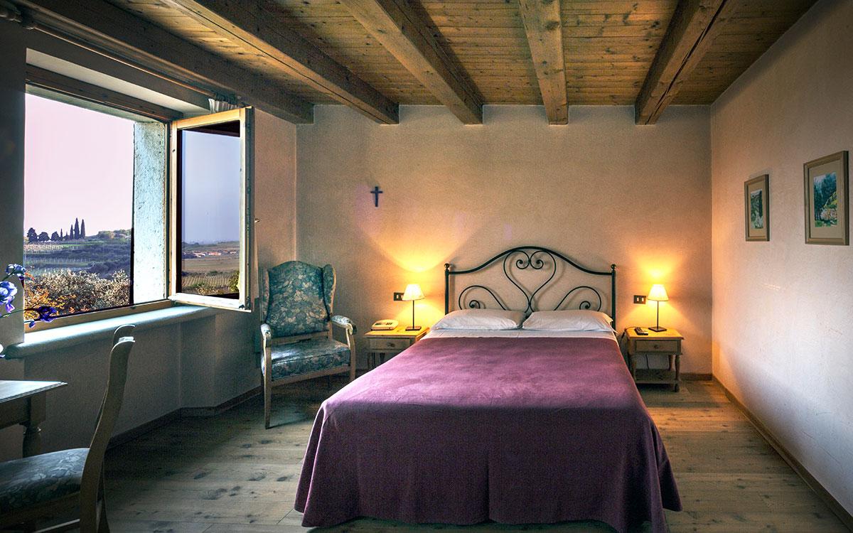 Family_Room_Costa_degli_Ulivi